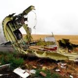 Flere måneder efter nedskydningen lå vragdele stadig tilbage på jorden i det østlige Ukraine. Flyet af typen Boeing 777 blev skudt ned i juli 2014.