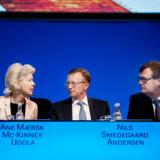 To måneder efter at dette billede blev taget på Mærsks generalforsamling i april 2016, blev manden i midten, topchefen Nils Smedegaard Andersen, fyret. Mærsk-familien ved Ane Uggla, bestyrelsesformand Michael Pram og Smedegaard var ikke helt enige om strategien.