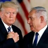 USAs præsident, Donald Trump, har gennem flere beslutninger vist sin støtte til Israel og den israelske premierminister Benjamin Netanyahu. REUTERS/Ronen Zvulun/File Photo