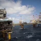 Den franske oliegigant Total SA ejer stort set olien og gassen i den danske del af Nordsøen, efter at selskabet i 2017 købte Mærsk Olie og Gas. Total pumper mere olie op end nogensinde, men vil alligevel være et grønt selskab. Professor i energiplanlægning mener, at gamle virksomheder nødvendigvis må spille på den grønne bane, såfremt de vil overleve i en grøn fremtid.