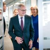 Søren Skou på vej til pressemøde med Carolina Dybeck Happe. (Foto: Ida Marie Odgaard/Scanpix 2019)