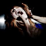 »Vi ved, at volden i nære relationer kan eskalere og i værste fald ende med drab. Og vi ved, at kvinder i langt højere grad end mænd udsættes for partnervold, at vold mod kvinder er grovere, og at det er kvinderne, der dør af volden. Derfor er det så vigtigt, at vi prioriterer indsatsen, inden det ender der,« skriver Mogens Jensen. Modelfoto: Jeppe Bøje Nielsen/Ritzau Scanpix