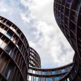 Advokater ansat i de store advokatfirmaer i København såsom Gorrissen Federspiel over for Tivoli er de bedst lønnede advokater i hele landet. Arkivfoto: Ida Marie Odgaard/Ritzau Scanpix