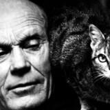 Tarjei Vesaas (1897-1970) fra Vinje i Telemarken var bondesønnen, der gennem nogle årtier var en af sit lands mest produktive og alsidige forfattere.