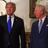 Præsident Donald Trump modtages tirsdag i London af prins Charles. Her lykkes det ham på ny at skabe usikkerhed om en handelsaftale med Kina. Nicholas Kamm/Ritzau Scanpix
