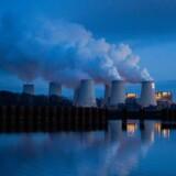 Kulkraftværker er en af de helt store klimasyndere. Mens vi reducerer kulaftrykket i Europa, stiger det især i Asien. Planlagt produktionskapacitet får danske reduktionsmålsætninger til at blegne.