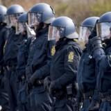 »Hvis private vagtværn begynder at overtage denne centrale politiopgave, bevæger vi os imod et samfund, hvor det i højere grad er borgernes pengepung end deres reelle beskyttelsesbehov, der afgør, om de kan få den beskyttelse, de har brug for,« skriver Rosa Lund.