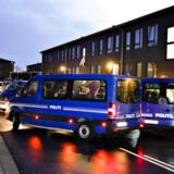 Politiet arbejder i forbindelse med mistanke om terrorplanlægning på Ravnkildevej i Aalborg Øst. Både i Aalborg og i Herlev ved København har politiet været i aktion.