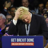 Den konservative premierminister, Boris Johnson, satser på at blive genvalgt med et klart flertal.
