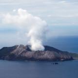 Der vurderes at være mellem 50 og 60 procents risiko for, at vulkanen vil gå i udbrud igen inden for det næste døgn.