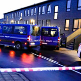 Politiet arbejder i forbindelse med terrorsag på Ravnkildevej 12, 1. sal i Aalborg Øst, 11. december 2019. Politiet og PET har ifølge pressemeddelse foretaget en koordineret aktion flere steder i landet angående mistanke om forberedelse af et terrorangreb.