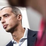 Udlændinge- og integrationsminister Mattias Tesfaye (S) vil begrænse antallet af unge sydamerikanere, der kommer til Danmark på et arbejdsferievisum.