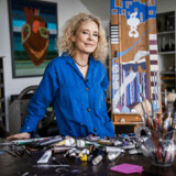 Monica Ritterband er uddannet journalist og var i en årrække vært på TV Avisen. Siden 1997 har hun fokuseret på billedkunstnen og designet for flere danske virksomheder som Georg Jensen og Royal Copenhagen.