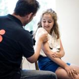 Frida Arenkiel fra Kirkebjerg Skole er blandt de elever, der, som led i et forsøgsprojekt, allerede har fået tilbuddet om at blive HPV-vaccineret i skoletiden. Nu udvides ordningen til at gælde alle skoler i København