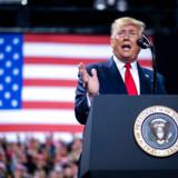 Donald Trump talte ved et valgmøde i Michigan umiddelbart efter, at Repræsentanternes Hus havde stemt for rigsretssag.