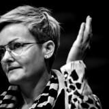 »Med sit brev til landets skoler kort efter sin tiltræden signalerede børne- og undervisningsminister Pernille Rosenkrantz-Theil en vilje til i højere grad end tidligere at bruge skolen som socialpolitisk redskab.«