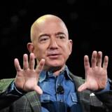 Stifter af handelsgiganten Amazon, Jeff Bezos, fastholder sin position som verdens rigeste i 2019.