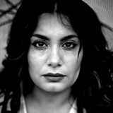 »Jeg bliver utryg, hver gang jeg laver opdateringer på Facebook om Iran. Jeg ved, at der bliver holdt øje med mig,« siger dansk-iranske Anahita Malakians.
