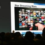 Forbruget af film og TV via internetforbindelsen forventes at stige markant i årets løb, vurderer den amerikanske forbrugerelektronikorganisation.