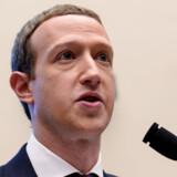 Mark Zuckerberg har selv været udsat for en såkaldt »deepfake«. Nu vil Facebook bremse de kontroversielle videoer.
