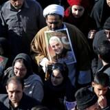 »Uanset de amerikanske bevæggrunde er det golflandene, der er vinderne i konfrontationen mellem Iran og USA,« skriver Hanna Ziadeh. (Photo by ATTA KENARE / AFP)