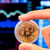 Er bitcoin ved at blive den nye »sikre havn« i stedet for guld? Stigningen efter Iran-krisen signalerer »ja,« men analytikere er ikke overbeviste endnu.