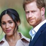 »Harry og Meghan har trukket sig fra de kongelige pligter for at nyde jetsettilværelsen på den amerikanske vestkyst.«