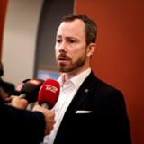 Jakob Ellemann-Jensen ankommer til gruppemøde. Partiet Venstre holder gruppemøde på Christiansborg for første gang efter, at den tidligere næstformand Kristian Jensen er blevet frataget sit ordførerskab og sine udvalgsposter, tirsdag den 14. januar 2020.