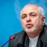 Irans udenrigsminister, Mohammad Javad Zarif, har rigeligt at se til på hjemmefronten og melder afbud til det årlige møde i Davos. - Foto: Fabrice Coffrini/Ritzau Scanpix
