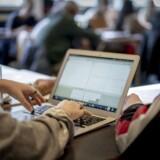 »Hver dag møder jeg motiverede og kloge elever, som arbejder for at dygtiggøre sig (...) En stor andel af vores elever efterspørger mere faglighed end den, der kommer med »studenterpakken«,« skriver Bjarne Thams.