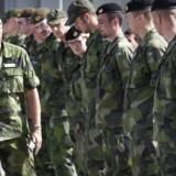 I Sverige er der over ti igangværende sager om personer, der har indsamlet hemmelig information om landets forsvar.