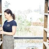 Marianne Holst lå godt i karrieresporet som HR-direktør. En jobpause fik hende til at sadle sit arbejdsliv helt om. I dag driver hun en butik, Country Market, på gågaden i Fredensborg. Visionen er at genoplive en ellers halvdød handelsgade – og at have et fedt arbejdsliv.