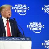 Præsident Donald Trump talte både til tilskuerne i Davos og til de amerikanske vælgere derhjemme, da han tirsdag talte til deltagerne på World Economic Forums årsmøde.