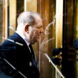 Den tidligere filmproducer Harvey Weinstein ankommer til højesteret i New York, hvor hans skæbne de kommende uger skal afgøres. Der ventes dom i sagen i begyndelsen af marts.
