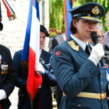 Tonje Skinnarland er generalmajor og den første kvindelige chef for Norges luftforsvar. Skinnarland er blandt de vægtigste kandidater til jobbet som Norges forsvarschef.