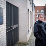 På årets første dag i 2019 mødte Anders Sørensen og hans kolleger ind til et omfattende hærværk begået mod det sociale kvindeværested Reden i Aarhus. Da politiet undersøgte gerningsstedet, blev der fundet et DNA-spor, som rejste mistanke mod en uskyldig mand.