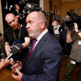 Dansk Folkepartis Søren Espersen beskylder ligesom britiske Tommy Robinson »Deadline«-redaktionen på DR for manipulation, løgne og »fake news«.