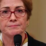 Den forhenværende USA-ambassadør i Ukraine Marie Yovanovitch bliver i en hemmelig båndoptagelse omtalt som et af Trumps »største problemer« i Ukraine. Derfor skulle hun »ryddes af vejen«.