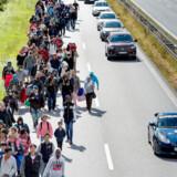 Antallet og håndteringen af tilkomne flygtninge og immigranter har fyldt meget i debatten, siden flygtningekrisen begyndte i 2015, hvor flygtninge vandrede på danske motorveje. Ifølge den amerikanske økonomiprofessor Bryan Caplan burde mange flygtninge eller immigranter ikke betragtes som et problem, men en løsning. »Danmark kunne blive langt bedre,« siger han.