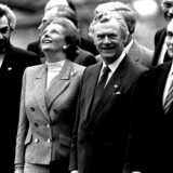 Den britiske premierminister Margaret Thatcher sammen med den danske statsminister Poul Schlüter og Frankrigs præsident Francois Mitterrand ved EF-topmødet i København december 1987. »Vi gik ind i det europæiske samarbejde sammen med briterne i 1972, og de har været vigtige allierede for os,« skriver Pierre Collignon i denne leder.