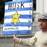 »Vi er imod racisme i enhver form og over for enhver minoritet. Derfor vil vi naturligvis ikke acceptere, at danske jøder skal frygte for deres sikkerhed og tryghed,« skriver Rasmus Stoklund.