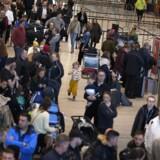 Grundet arbejdsnedlæggelse er der køer ved sikkerhedskontrollen i Københavns Lufthavn onsdag den 5. februar 2020. . (Foto: Martin Sylvest/Ritzau Scanpix)