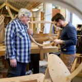 I Allerød er lokale virksomheder gået sammen om at reducere CO2-udledningen. Her PP Møbler, der genbruger al deres træstøv og -spåner til at skabe varme på fabrikken.