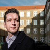 Boligminister Kaare Dybvad Bek (S) mener, at Jyske Bank og Nordea har været for hurtigt ude med deres vurderinger af de økonomiske konsekvenser for andelshaverne ved Blackstone-indgrebet. Derfor har han fremskyndet en præcisering i boligaftalen, som kan have stor betydning for den måde, de har beregnet værditabene på.