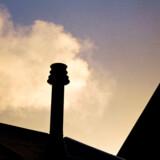 Ifølge analyser, som Berlingske er kommet i besiddelse af, er det nødvendigt, at alle, der har naturgasfyr skifter til varmepumper eller grøn fjernvarme inden 2030, hvis regeringens klimamål skal nås.