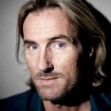 Jens Østergaard er aktuel i DR-serien »Fars Pige«, hvor han optræder sammen med sin datter Alva. »Vi er blevet meget overraskede over kommentarerne, men vi tager det stille og roligt.«