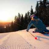 Der er ganske mange arrangementer og underholdningstilbud i løbet af sæsonen på Kläppen med skiløb i fokus. Her er det den ugentlige morgenski på nypræparerede pister fra kl. 07.30.