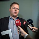DFs skatteordfører, Dennis Flydtkjær, kritiserer Skatteministeriet for ikke at videresende en stribe kritiske revisionsrapporter til Folketinget.