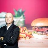 Just Eat-topchef Carsten Boldt er ansvarlig for, at stabelvis af måltider hver dag bliver sendt ud til sultne danskere, men hans egne køkkenevner rækker kun til fire-fem retter.