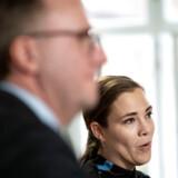 »Jeg mener, det er rimeligt, at de bredeste skuldre bærer de tungeste byrder,« siger social- og indenrigsminister Astrid Krag (S) om den nye »kommunale topskat«, som regeringen lægger op til at hæve.